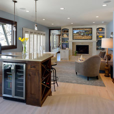 Traditional Family Room by Lake Country Builders