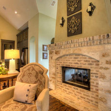 Traditional Family Room by Garner Homes
