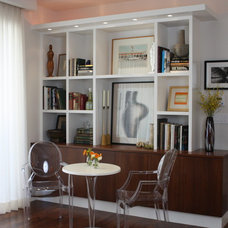 Modern Family Room by Pique Design