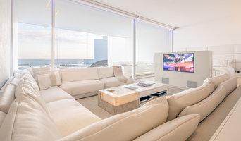 Modern Connected Beach Living