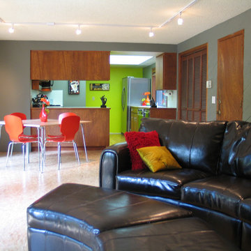 Modern Family Room & Kitchen Dining Area