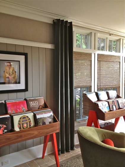 Modern Family Room by Avenue Interiors