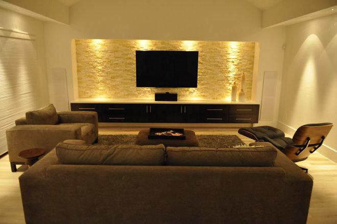 Modern Family Room by Modern Custom Homes, LLC