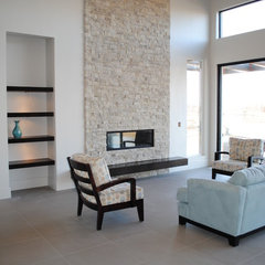 modern family room by Paradigm Construction Company