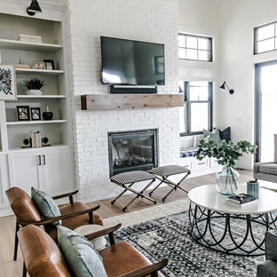 75 Beautiful Farmhouse Family Room Pictures & Ideas   Houzz