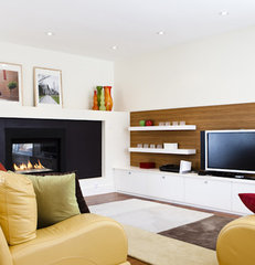 contemporary family room by BiglarKinyan Design Partnership Inc.