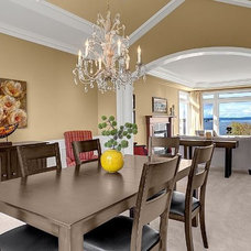 Traditional Family Room by Seattle Staged to Sell and Design LLC