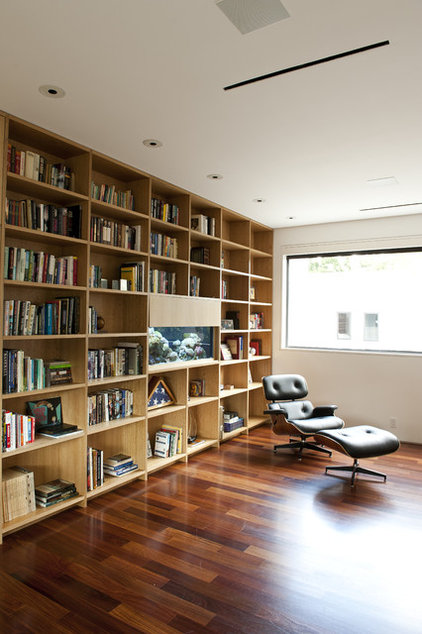 Contemporary Family Room by Workshop M Architecture