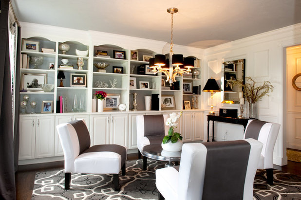 Traditional Family Room by Mary Prince Photography