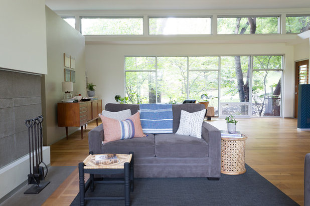 Contemporary Family Room by Jessica Cain
