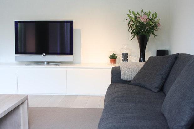 My Houzz: Modern Netherlands Stream-Side Home