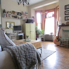 Farmhouse Family Room by Jenn Hannotte / Hannotte Interiors