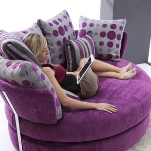 MyApple Modern Swivel Day Bed Sofa Bed by Famaliving California