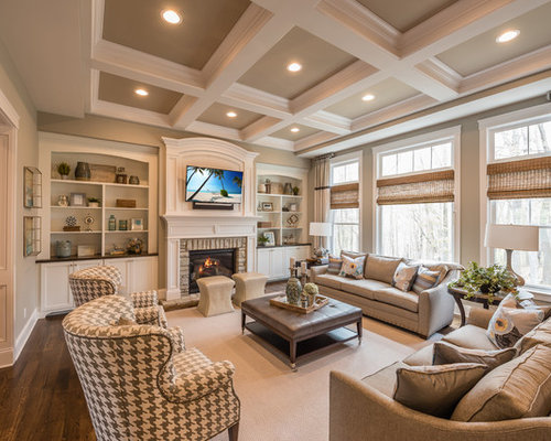 All time favorite enclosed family room ideas designs houzz for Classic american decorating style