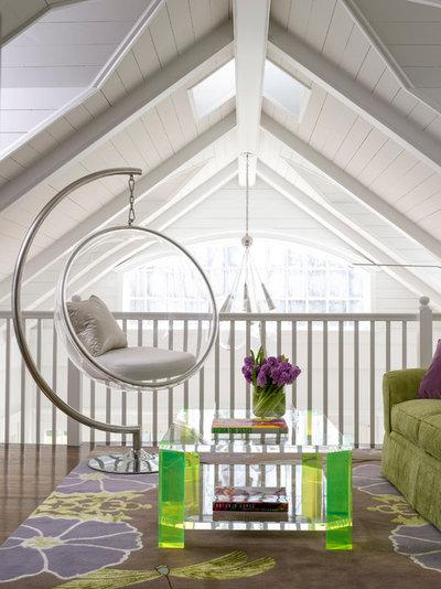 Современный Семейная комната by Orrick & Company