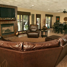 Traditional Family Room by Richards Construction, Inc.