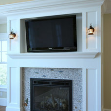 Traditional Family Room by Cape Associates, Inc.