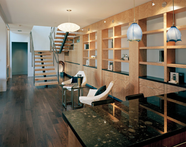 Modern Family Room by Kaplan Architects, AIA