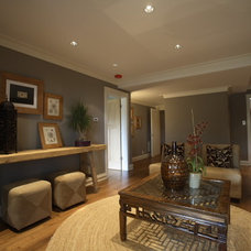 Contemporary Family Room by Cardea Building Co.