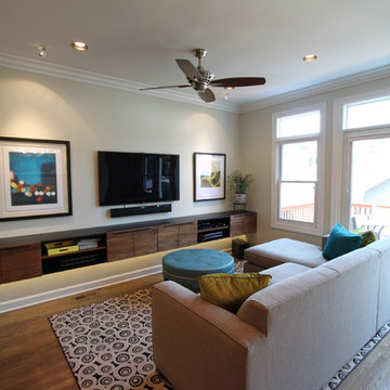 North Center Dine-in Family Room