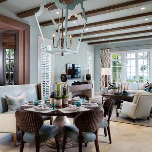 Foto di un ampio soggiorno chic stile loft con pareti multicolore, pavimento in gres porcellanato, TV a parete, pavimento beige e nessun camino