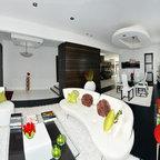 Beachaus I Great Room Contemporary Family Room