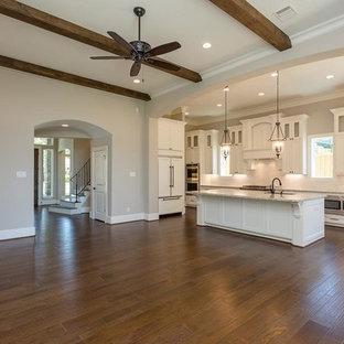 Oak Forest, Houston Texas ...New Construction Design  by Ephross Designs