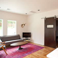 Contemporary Family Room by Oak Leaf Custom Homes