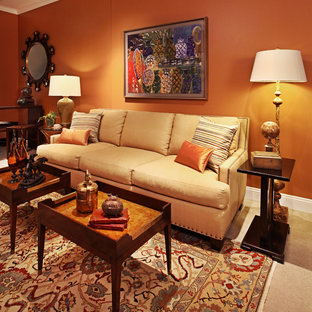 Oakland County casual dining and living space