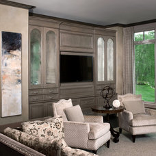 Traditional Family Room by Tutto Interiors