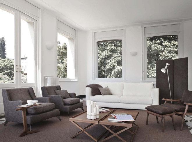 Contemporary Family Room by usona