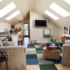 Transitional Family Room by STUDIO VILLANUEVA ARCHITECTURE