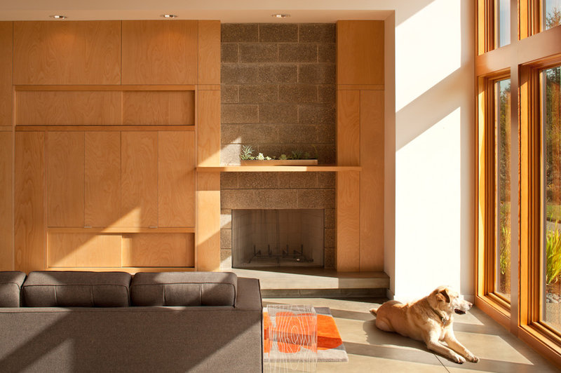 modern family room by Coates Design Architects Seattle