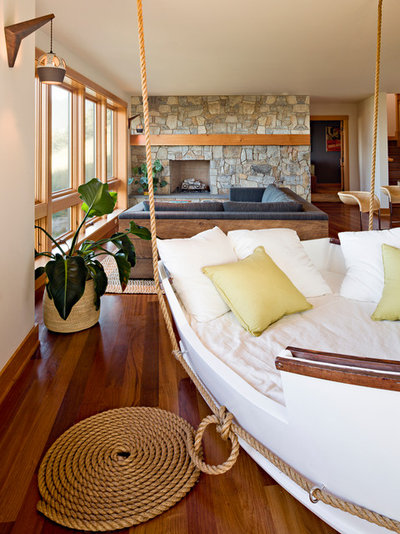 Beach Style Family Room by Jessica Helgerson Interior Design