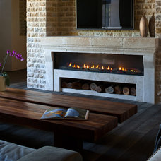 Rustic Family Room by Home and Hearth Outfitters