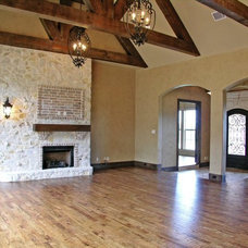 Traditional Family Room by Custom Homes of Texas