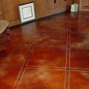 オクラホマシティの大きいトラディショナルスタイルのおしゃれなファミリールーム (ライブラリー、コンクリートの床) の写真