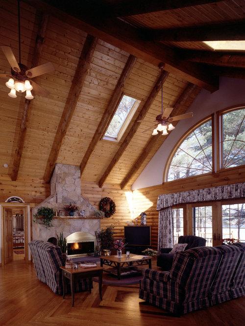 diseo de sala de juegos en casa tipo loft grande con paredes blancas