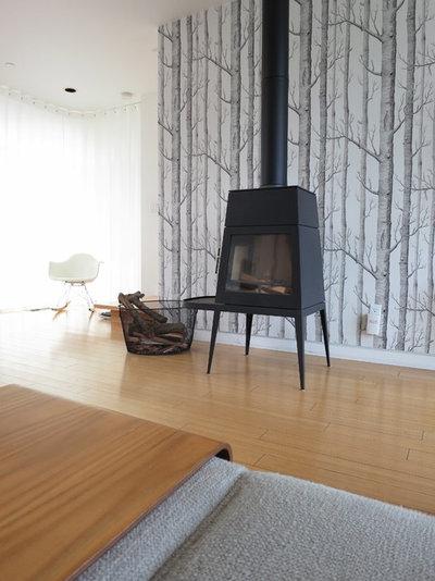 Scandinavian Family Room by ras-a, inc.
