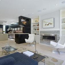 Family Room by EAG Studio