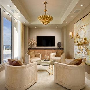 Idée de décoration pour une grande salle de séjour tradition ouverte avec un mur marron, un sol en marbre et un téléviseur fixé au mur.
