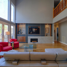 Modern Family Room by Ecologic-Studio, llc