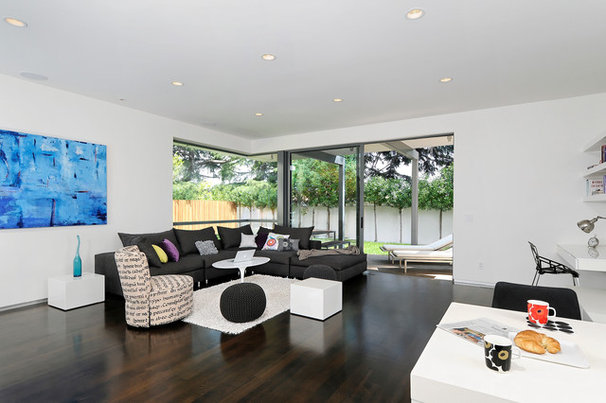 Contemporary Family Room by Maydan Architects, Inc.