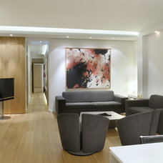 Modern Family Room by Derxis Design