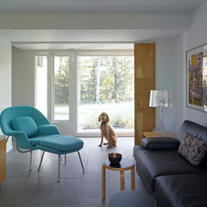 Midcentury Family Room by Billinkoff Architecture PLLC