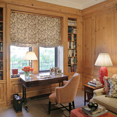 traditional family room by Arden Stephenson, ASID