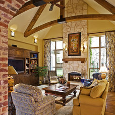 Traditional Family Room Peggy Rothmeier