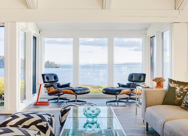 Coastal Family & Games Room by Johnson + McLeod Design Consultants