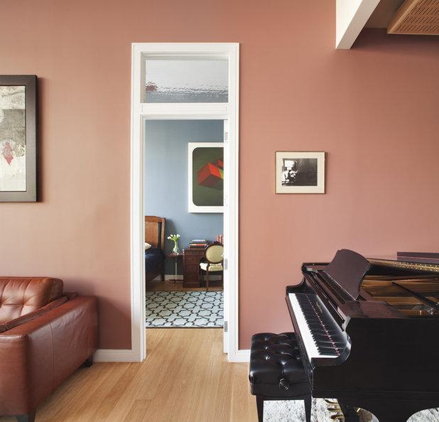 Modern Wohnzimmer by Prestige Custom Building & Construction, Inc.
