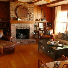 Traditional Family Room by Summerhouse Style